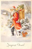 Carte Postale Fantaisie De NOËL - PERE  NOËL Avec Sa Hotte Jouets Ecureuil - Santa Claus