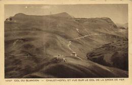 Col Du Glandon Chalet Hotel Et Vue Sur Le Col De La Croix De Fer RV  Timbres 50c + 1F50 +3F - Sonstige Gemeinden
