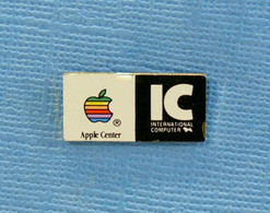 1 PIN'S //  ** APPLE® CENTER / IC - INTERNATIONAL COMPUTER ** - Informatik