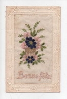 """Carte  Brodée  -  """"  Bonne  Fete  """"  Fleurs  Pourpres  Et Roses - Sonstige"""