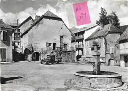 LUS LA CROIX HAUTE - ( Drôme ) -  LES ALPES - LA PLACE ET LA FONTAINE - - Autres Communes