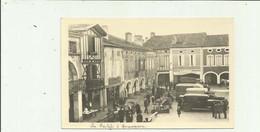 40 - LABASTIDE D'ARMAGNAC - Place Notre Dame Animée Auto Marche ( Cp Rare ) Bon Etat - Altri Comuni