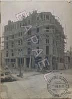 Photo Batiment En Construction (30-07-1913) - Vve Perratone Celeste & Fils (Chambéry) (+ Détail Groupe Ouvriers) - Lieux