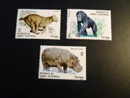 K45935-   Stamps  MNH  Guinea Ecuatorial 1982  - Gorilla - Hippopotamus - Felis Pardus - Altri
