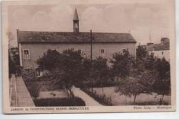 2 CPA De Montluçon - JARDIN De L'INSTITUTION MARIE IMMACULEE Et La Place De L'Hotel De Ville , Coté De Droite - Montlucon