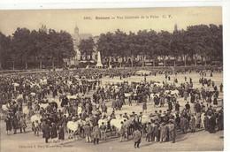 CPA   RENNES  Vue Générale De La Foire   N° 1081 - Rennes