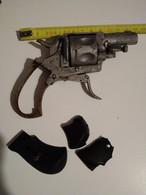 Arme Pistolet Revolver Bulldog Ou Velodog ? Arme A Restaurer Pour Pieces Voir Description Avant D Encherir - Decotatieve Wapens