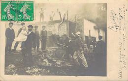 J134 - Carte Photo - Incendie D'une Ferme à MACHIEL - Somme - Les Pompiers Interviennent Sur L'incendie - Andere Gemeenten