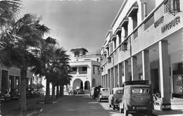 AGADIR- AVENUE NICOLAS FAOUET ET L'HÔTEL MARHABA - Agadir