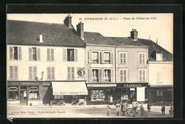 CPA Épernon, Place De L`Hôtel-de-Ville - Sin Clasificación