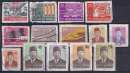 Indonesië -  1.900 Zegels Indonesië - O - Onafgeweekt/op Fragment - Lots & Kiloware (mixtures) - Min. 1000 Stamps