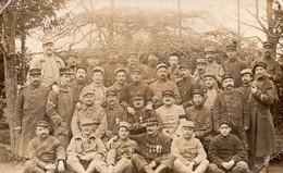 CP- Groupe De Soldats -     (   Différentes Unités, Tenues )- - Characters