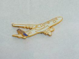 Pin's AEROSPATIALE, AIRBUS A330 - Spazio
