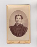 PHOTO CDV - Portrait De TOURANGELLE En Costume Et Coiffe Traditionelle - Photo Ph PETEL à TOURS 1900 Env - Personnes Anonymes