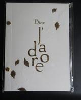 Bloc D'écriture Papier Publicitaire Sous Blister Parfum DIOR  J' ADORE Tranche Et Couverture Dorée à L'Or Fin - Sin Clasificación