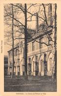 Tournai - Le Cloître De L'Hôtel De Ville - Tournai