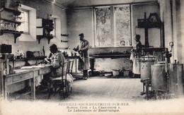 """_ Neuville Sous Montreuil Sur Mer - Hôpital Civil """" La Chartreuse """" Le Laboratoire De Bactériologie - Otros Municipios"""