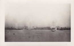 PHOTO ORIGINALE 39 / 45 WW2 MARINE FRANCAISE BOMBARDEMENT DE TOULON PAR L AVIATION ITALIENNE - Krieg, Militär