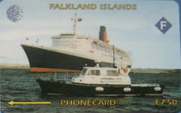 FALKLANDS : 003A L.7.50 Queen Elizabeth Cruiser USED - Falklandeilanden