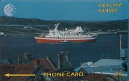 FALKLANDS : 002B L. 10  Cruiseliner In Harbor USED - Falklandeilanden