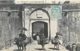 CPA 64 Pyrénées-Atlantiques Bayonne La Porte Mousserolle Ane - Bayonne