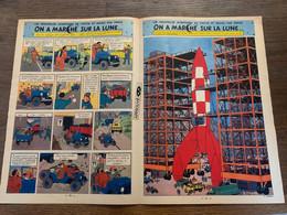 DOUBLE PAGE CENTRALE TINTIN HERGE ON A MARCHE SUR LA LUNE Fusée - Verzamelingen