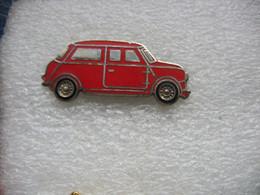 Pin's D'une Mini One De Couleur Rouge - Unclassified