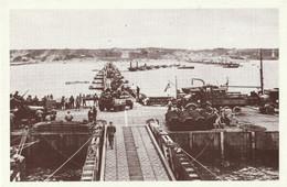 CARTE POSTALE 10CM/15CM : ARROMANCHES LE 16 JUIN 1944 LE PORT ARTIFICIEL DEBARQUEMENT EN FRANCE  CALVADOS (14) - Oorlog 1939-45