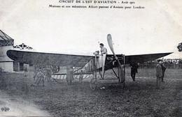 AVIATION  CIRCUIT DE L'EST 1910   MOISSAN ET SON MECANICIEN ALBERT  PARTENT POUR LONDRES - Aviadores