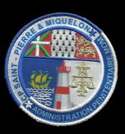 ECUSSON PATCH  . ADMINISTRATION PENITENTIAIRE MOM . CP SAINT-PIERRE & MIQUELON . - Escudos En Tela