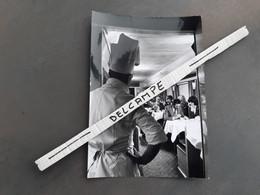 SNCF : Photo Originale JC DEWOLF 12,5 X 17,5 Cm : Espace Restaurant Voiture TEE - Treinen