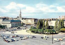 44 - Nantes - Vue D'ensemble Du Château Des Ducs De Bretagne - A L'arrière Plan, La Cathédrale (XVe Siècle) - Nantes