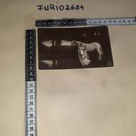 C-96083 DONNA CAVALLO - Mujeres