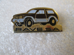 PIN'S   MITSUBISHI  PAJERO   RAVE  S A - Mitsubishi