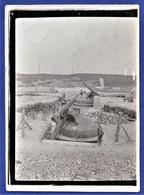 PHOTO ORIGINALE 54 FORT D'ECROUVES, Environs De Toul - Pièce De 0,75 Pour Tir Contre Avions - WWI - Krieg, Militär