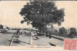 Cpa Pau - Le Boulevard Des Pyrénées . - Pau