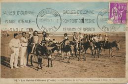 Promenade Ane Sables D' Olonne . Donkey Riding . Scene De Plage - Donkeys