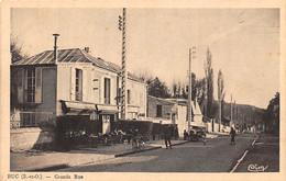 Buc         78         Grande Rue. Café Restaurant .  Edition CIM      (voir Scan) - Buc