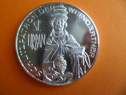 Medaille Argentée Saint URBAN URBAIN Patron Des Vignerons Weinbauverband WURTENBERG 1989 Allemagne - Unclassified