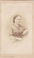 Photo Foto - Formato CDV - Donna Con Lunga Collana - Years '1860 - Gustavo Orbolgi, Fotografo, Genova - Anciennes (Av. 1900)