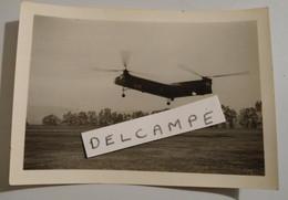 PHOTO PHOTOGRAPHIE MILITAIRE HELICOPTERE 1ER REGIMENT DES HUSSARDS PARACHUTISTES - Oorlog, Militair