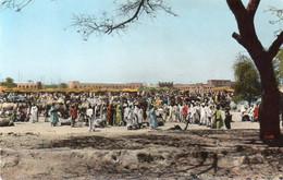 V12 65Sb  Tchad Abéche Le Marché Aux Bestiaux - Chad