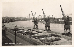 NANTES - Le Port - Les Grues - Stockage De Barils Métallique - Nantes