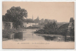 CPA BERGUES Les Fortifications (Sud) - Bergues