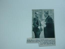 """Origineel Knipsel ( A 117 ) Uit Tijdschrift """" De Stad """"  1933 :  Brand  Pompiers  Pompier  Kortrijk - Zonder Classificatie"""