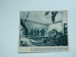 """Origineel Knipsel ( A 118 ) Uit Tijdschrift """" De Stad """"  1933 :  Brand  Pompiers  Pompier  Kortrijk - Zonder Classificatie"""