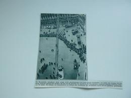 """Origineel Knipsel ( A 119 ) Uit Tijdschrift """" De Stad """"  1933 :  Brand  Pompiers  Pompier  Brussel - Zonder Classificatie"""