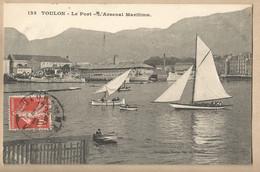 CPA [83] Var > Toulon - Le Port - L'Arsenal Maritime - Voilier - Toulon