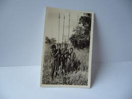 AFRICA AFRIQUE OUBANGUI A.E.F. CONGO 72. CHASSEURS PYGME BABINGA  CPSM FORMAT CPA PHOTO R.PAULEAU DOUALA 1952 - Otros