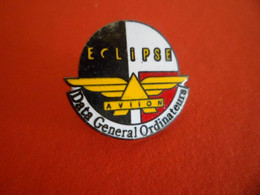 Pins Avion Aviation ECLIPSE - Date General Ordinateur - AVIION - Informatik